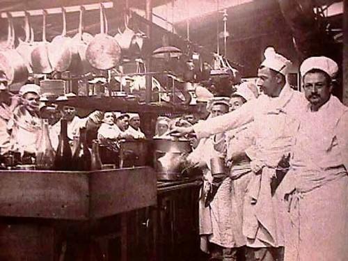 Savoy Hotel cooks 1965.jpg