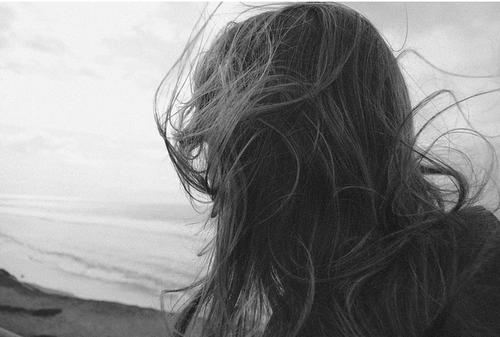 seque-seu-cabelo-ao-vento-1.png