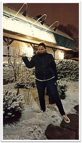 Foto ana e a neve.JPG