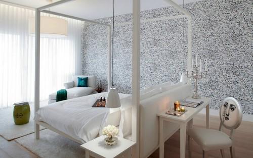 Philippe-Starck-Yoo-Bedroom1-yoo-Pune.jpg