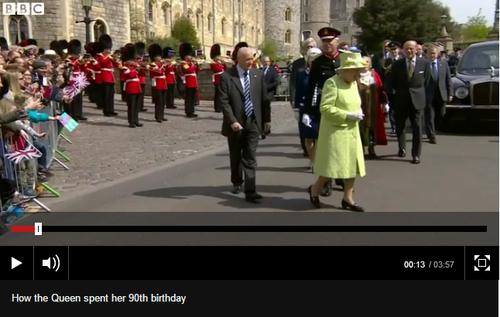 90_aniversario_rainha.PNG