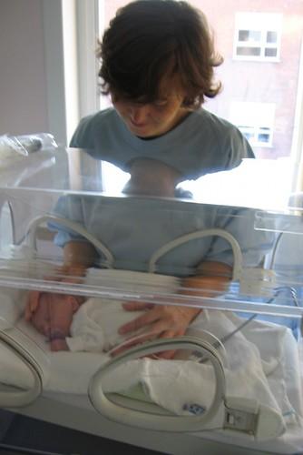BabyIncubator-IsabelVanzieleghem.jpg