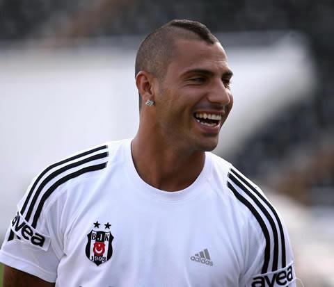 Ricardo-Quaresma-Besiktas-2011-2012.jpg