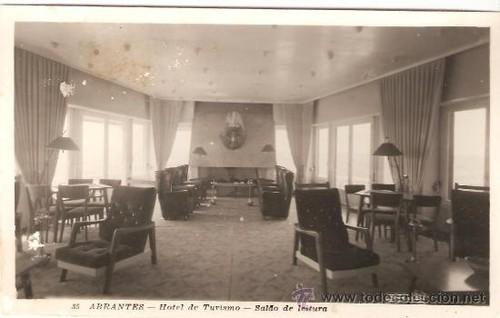 hotel sala de leitura chaminé1.jpg