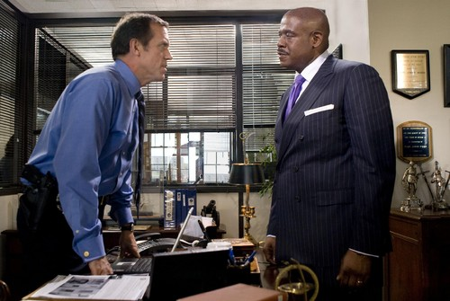 still-of-forest-whitaker-and-hugh-laurie-in-street