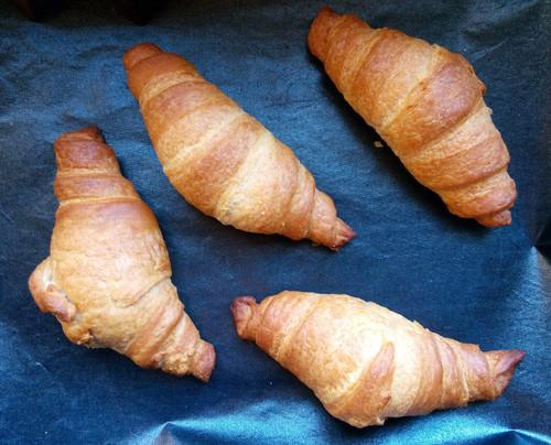 croissant 8.jpg