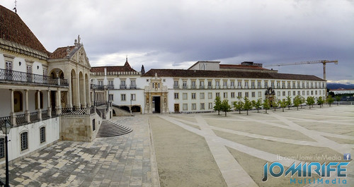 Pátio e Porta Férrea da Universidade de Coimbra