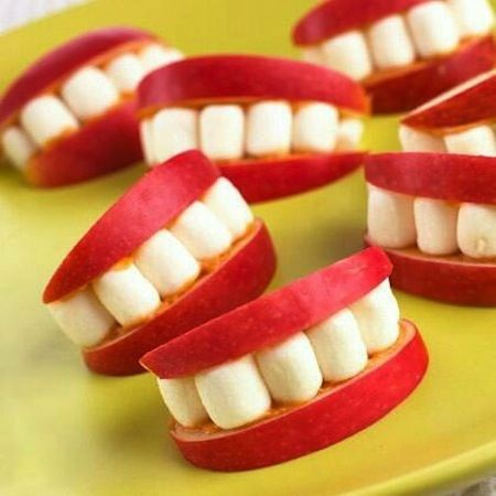 64-Non-Candy-Halloween-Snack-Ideas-apple-smiles.jp