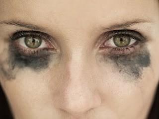 olhos borrados.jpg