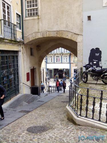 Arco de Almedina em Coimbra [en] Almedina Arch in Coimbra Portugal