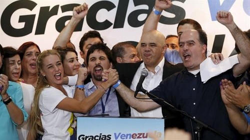 elecciones-en-venezuela-2126894h350[1].jpg