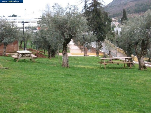 Parque 25 de Abril, Castelo de Vide