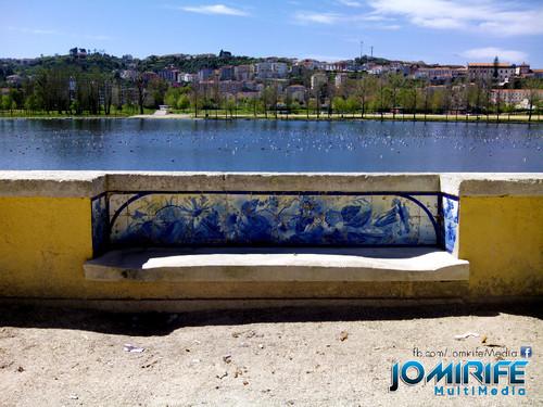 Banco de azulejos do parque verde do Mondego em Coimbra