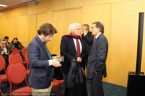 João Calvão da Silva, Vital Moreira, Miguel Poiares Maduro. Colóquio sobre Direito e Comunicação Social - Problemas e Desafios
