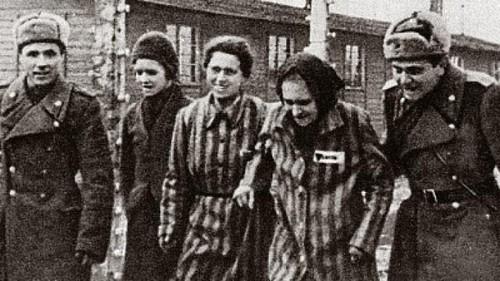 Auschwitz d.jpg
