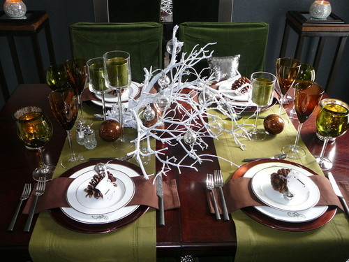 elegant-dining-table-christmas-decorations-ideas.j