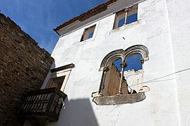 Casa_do_Alcaide-Mor.jpg