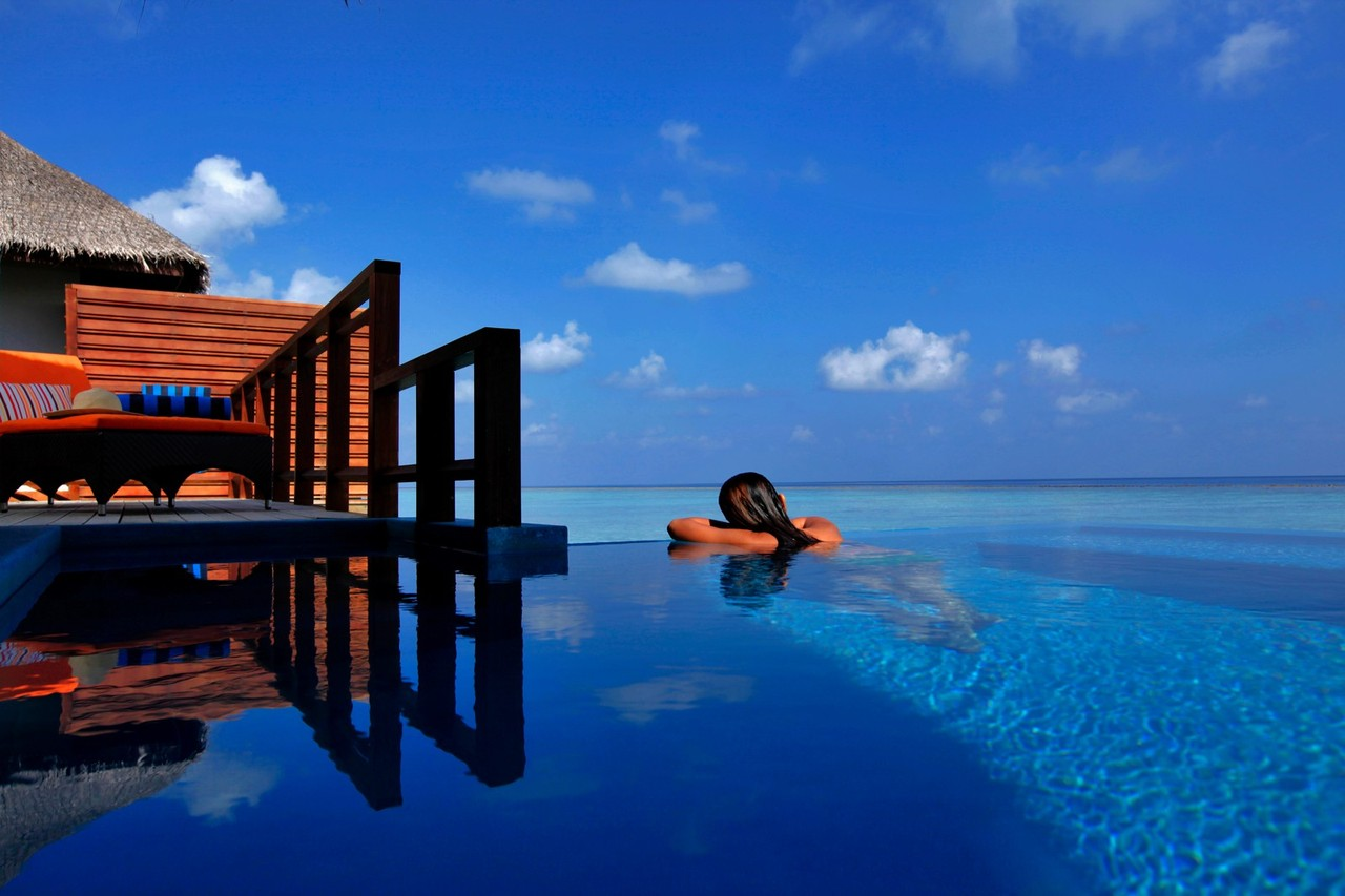 Velassaru-Resort-in-the-Maldives.jpg