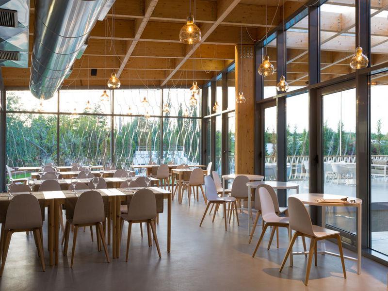 ozadi-tavira-hotel-galleryorangeabistro-4.jpg