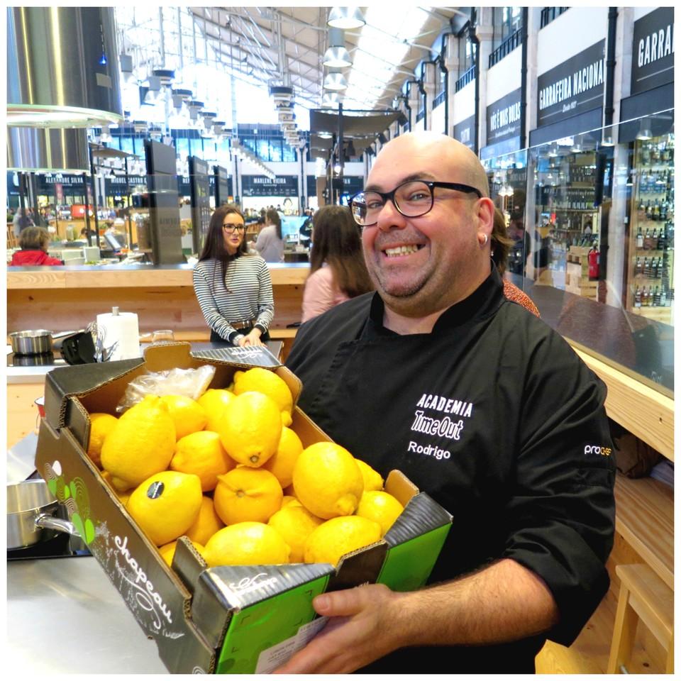 Rodrigo Meneses e os limões para o arroz