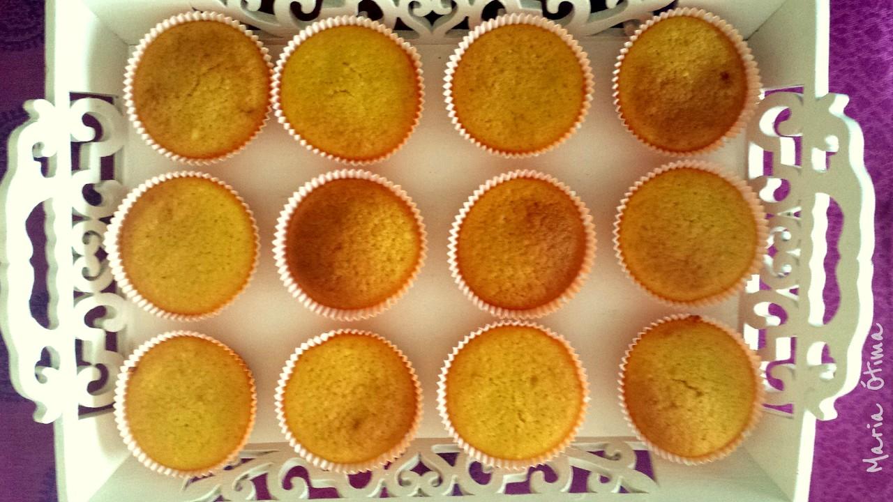 Muffins de laranja_Maria Ótima1.jpg