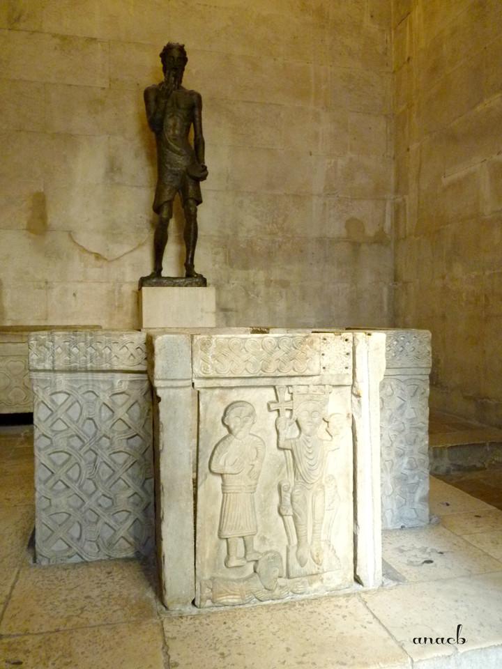 Croácia-Split-Templo de Júpiter 3.jpg