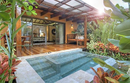 nayara-hotel-spa-gardens.jpg