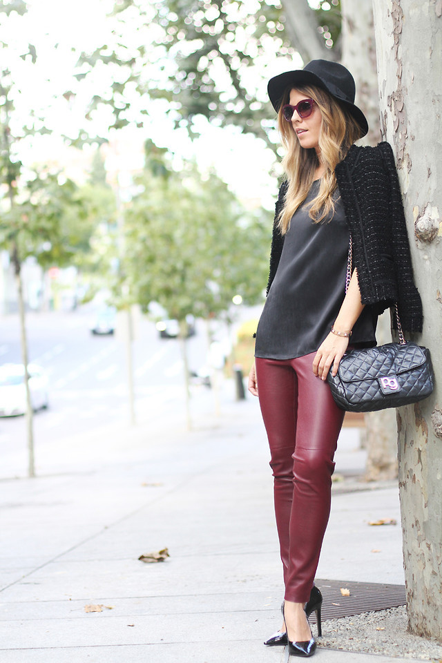 3330092_burgundy-black-street-style-3.jpg