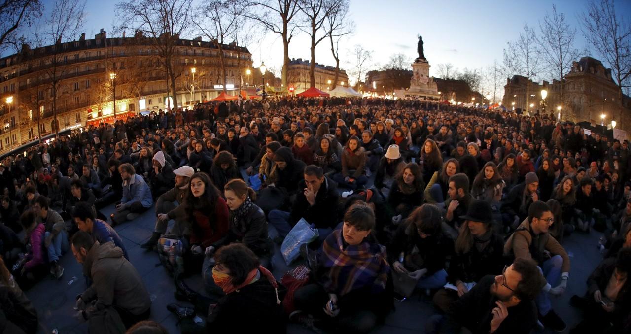 Nuit Debout 2016 França