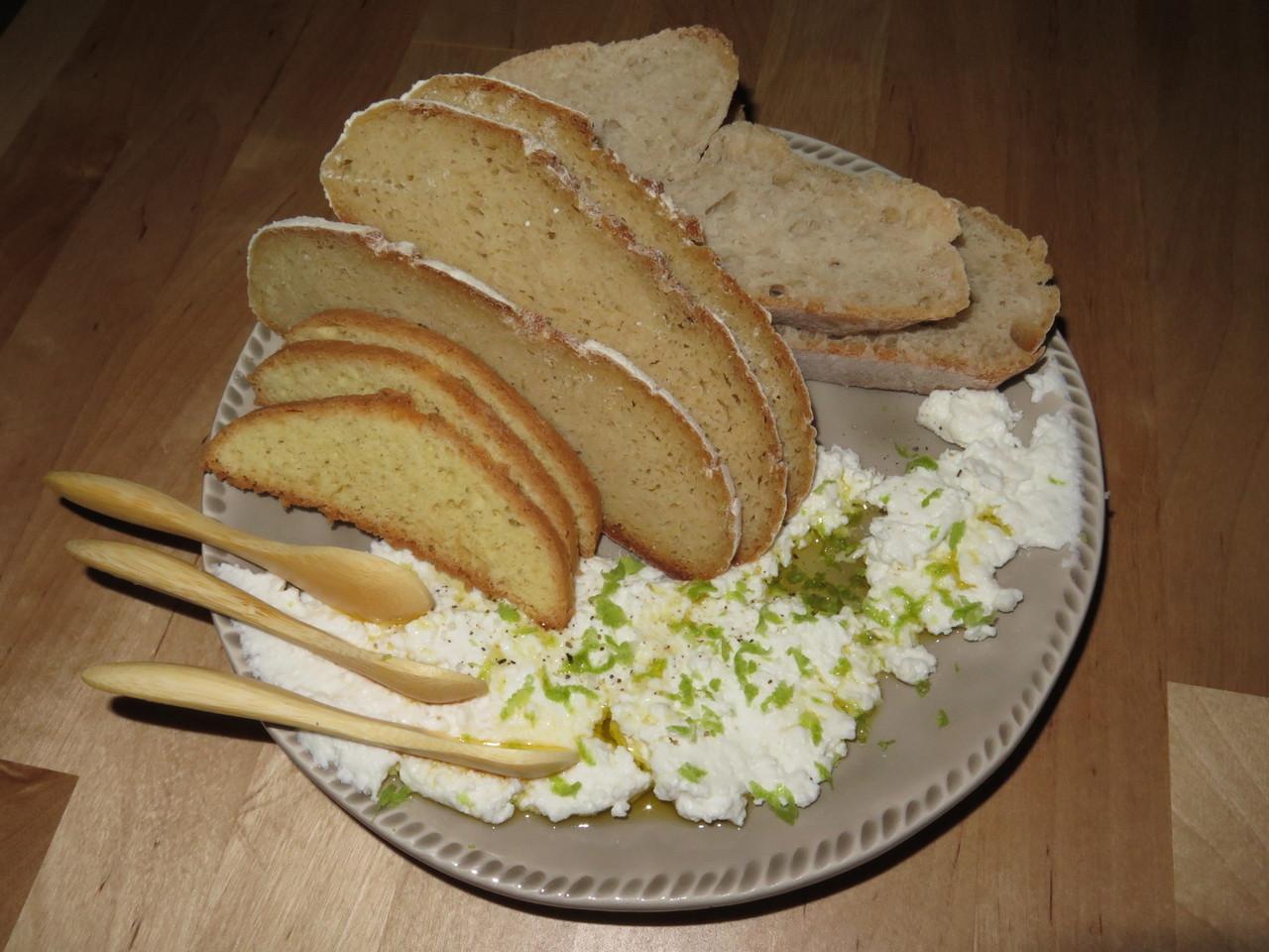 pão e queijo .JPG