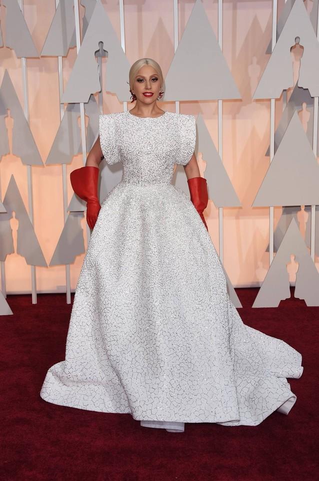 Lady Gaga em Azzedine Alaia..jpg