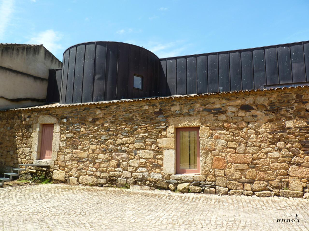 Idanha-a-Velha (123) Antigos palheiros de São Dâ