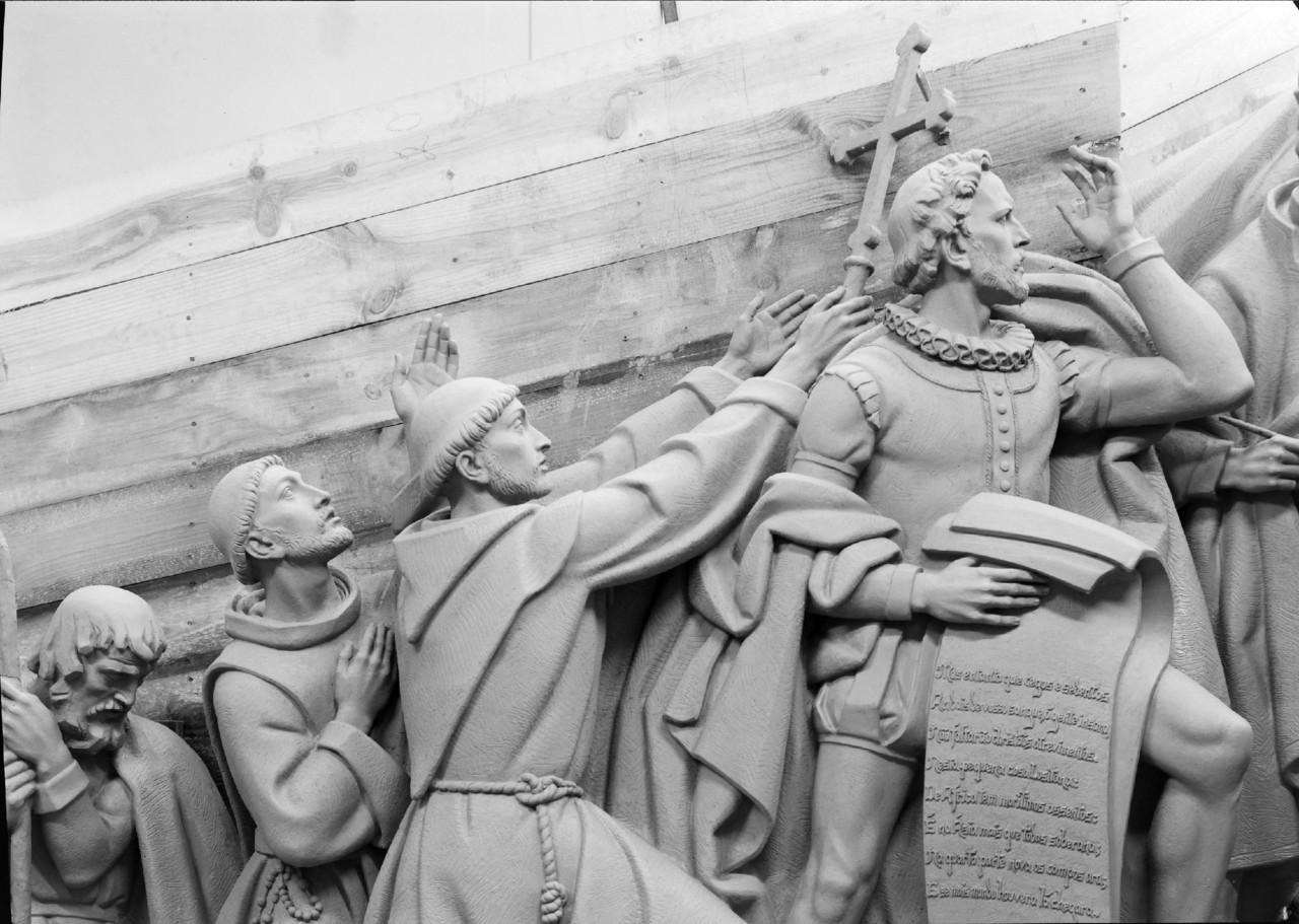 Grupo escultórico do Padrão dos Descobrimentos -