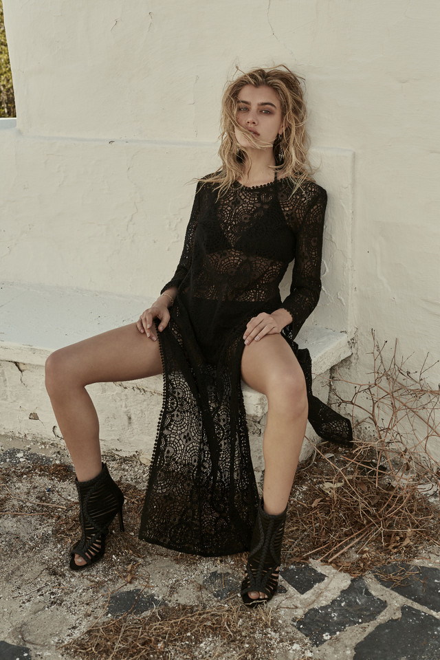 Woman Press Fashion_14_Black Lace Dress_024_01.jpg