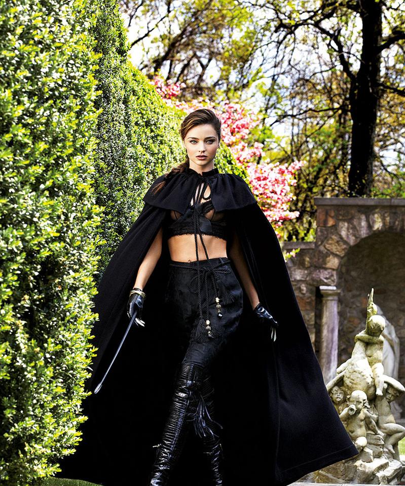 Image-2-Miranda-Kerr-for-Harpers-Bazaar-shot-by-Gi