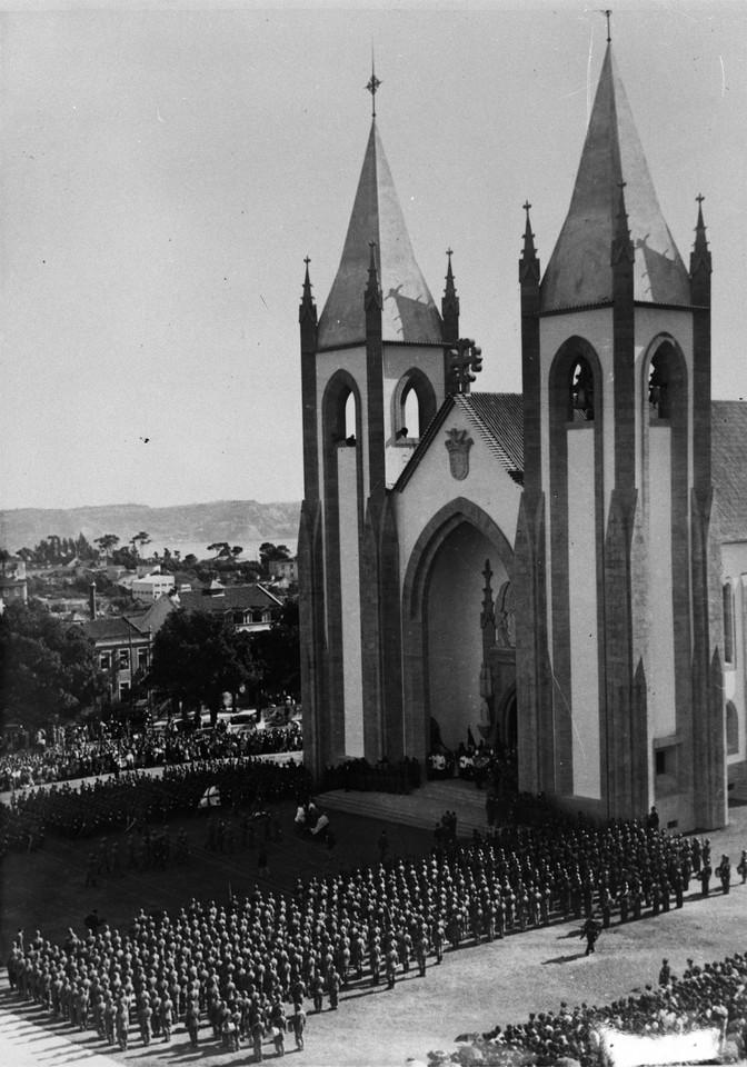 Igreja do Santo Condestável, inauguração, 195