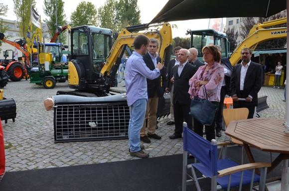 Exposição - tratores e alfaias agrícolas