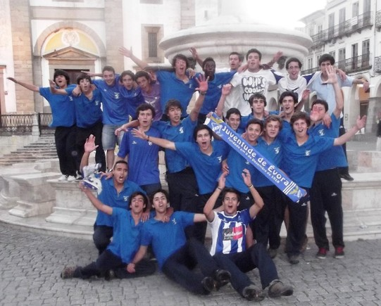 c:\Users\armando\Pictures\CAMPEOES_058.jpg