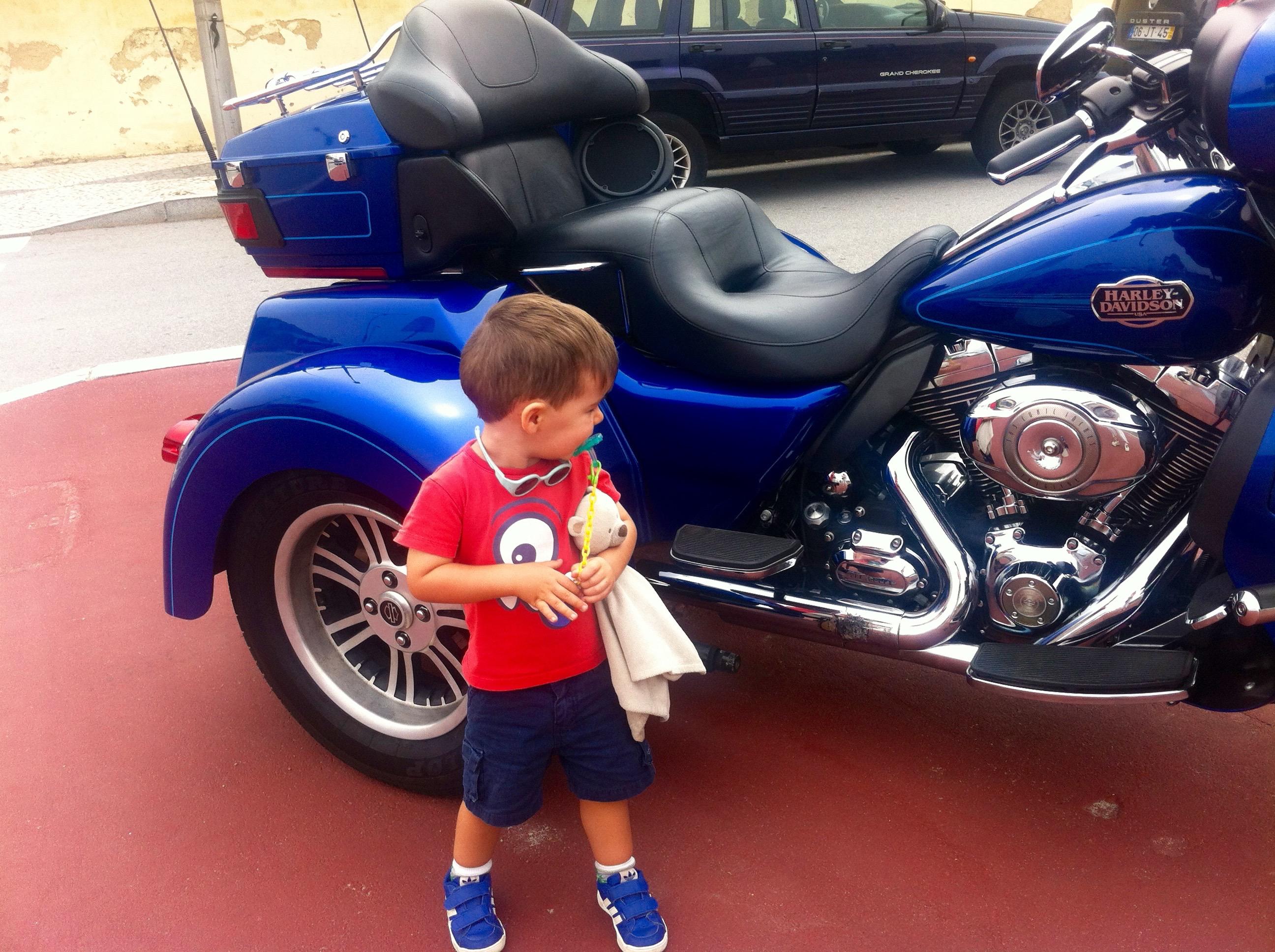Luca e a mota